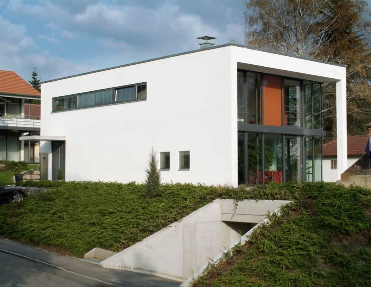 modern Houses by A r c h i t e k t i n  Kelbing