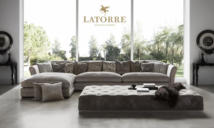 SOFAS:  de estilo  de Ascension Latorre