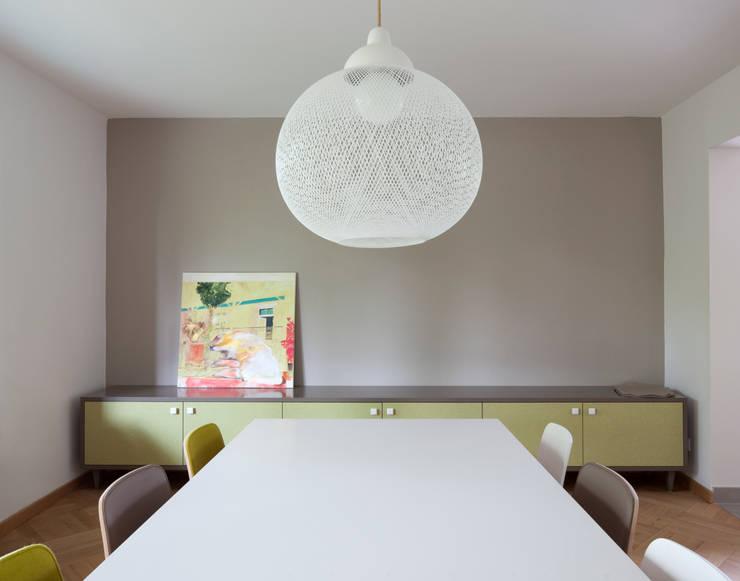 mori:  tarz Yemek Odası