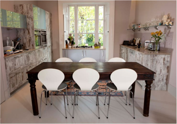 Hampstead Renovation: modern Living room by Kelly Fannon Interior Design