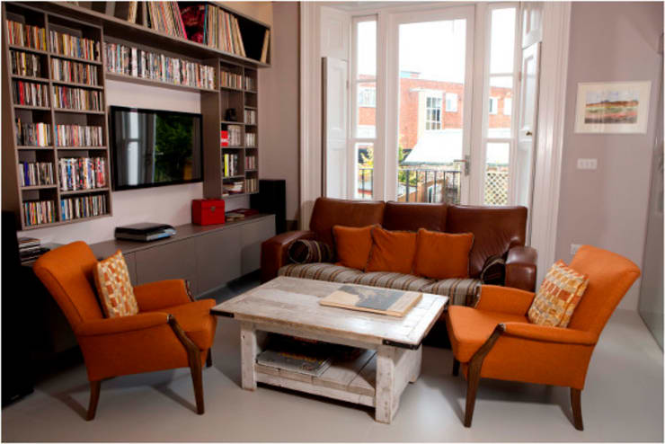 Hampstead Renovation:  Living room by Kelly Fannon Interior Design