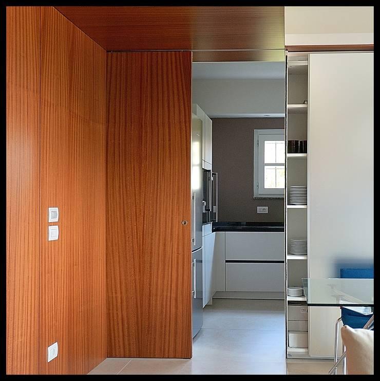 Cocinas de estilo  por sergio fumagalli architetto,