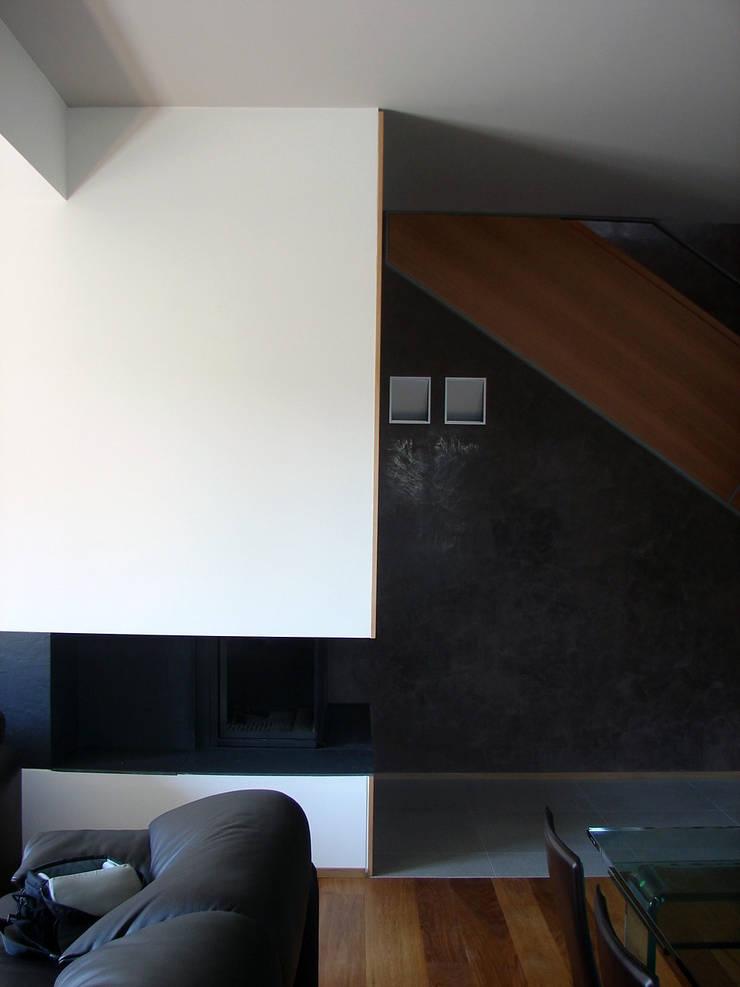 Rumah oleh sergio fumagalli architetto, Modern