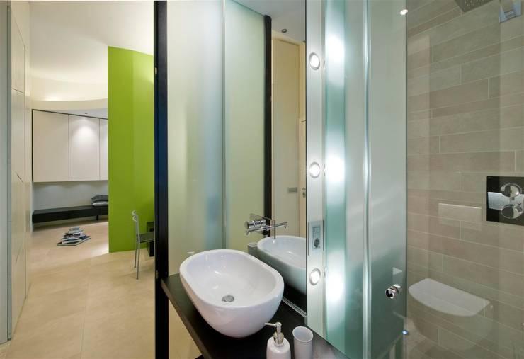 Appartamento MF: Bagno in stile  di Studio di Architettura SIMONE GIORGETTI