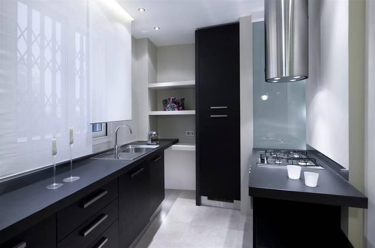 Appartamento MF: Cucina in stile  di Studio di Architettura SIMONE GIORGETTI