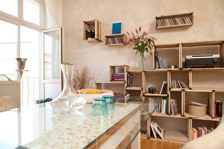 Living room تنفيذ reditum  //  Möbel mit Vorleben