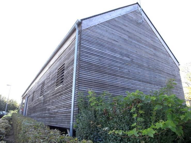 Maison FC: Maisons de style de style Moderne par Allegre + Bonandrini architectes DPLG