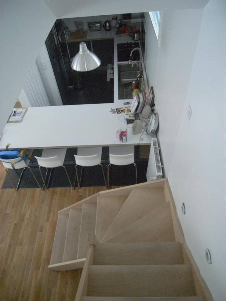 Cocinas de estilo  por Allegre + Bonandrini architectes DPLG, Moderno