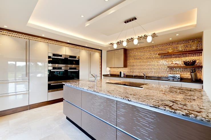 Lancashire Residence:  Kitchen by Kettle Design