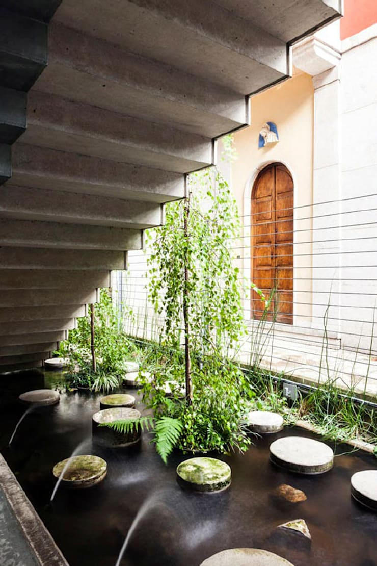 Eclectic style garden by CRISTINA MAZZUCCHELLI GREEN DESIGN Eclectic
