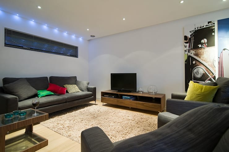 modern Living room by Boutique Modern Ltd