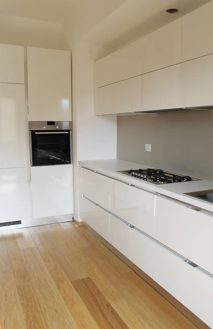 cucina: Cucina in stile  di Gru architetti