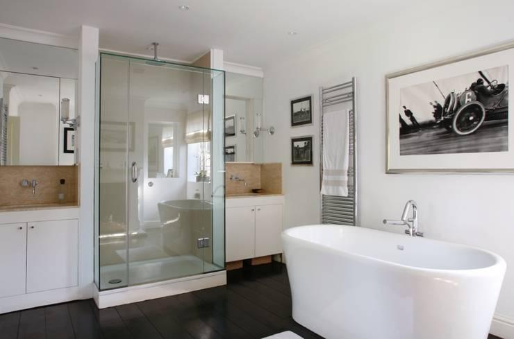 Wiltshire—Rural Retreat:  Bathroom by VSP Interiors