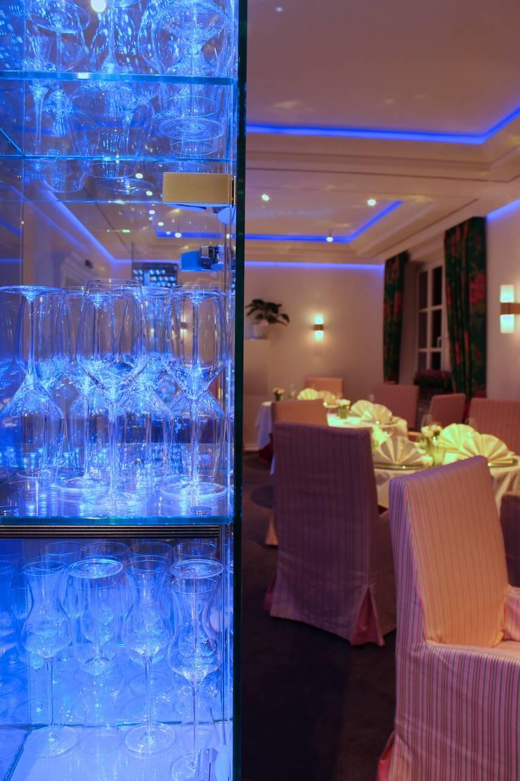 Tobias Link Lichtplanung:  tarz Yemek Odası