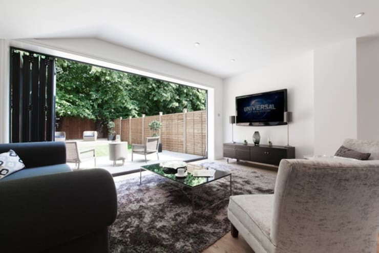 London—SE22:  Living room by kt-id
