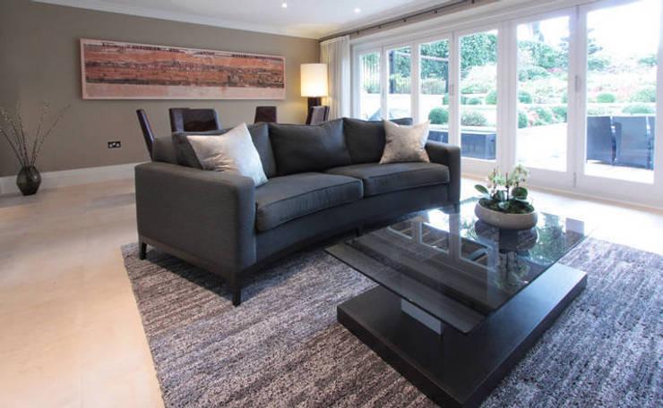Richmond : modern Living room by kt-id