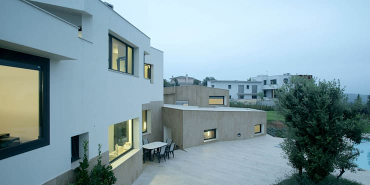 Casas de estilo  por MIAS Architects,