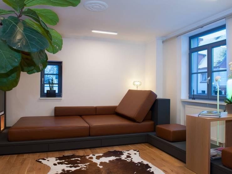 Salones de estilo  de Bolz Licht & Wohnen