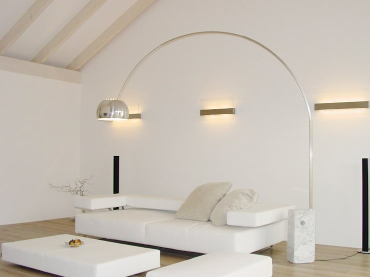 Bolz Licht & Design GmbH: klasik tarz tarz Oturma Odası