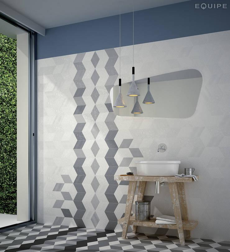 Rhombus White, Light Grey, Dark Grey 14x24: Paredes de estilo  de Equipe Ceramicas, Moderno
