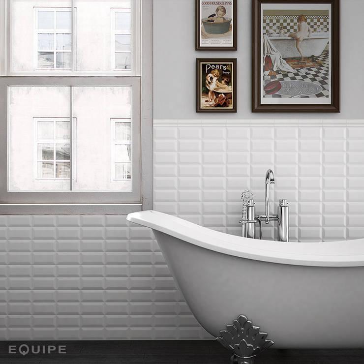 Metro White 7,5x15: Baños de estilo  de Equipe Ceramicas