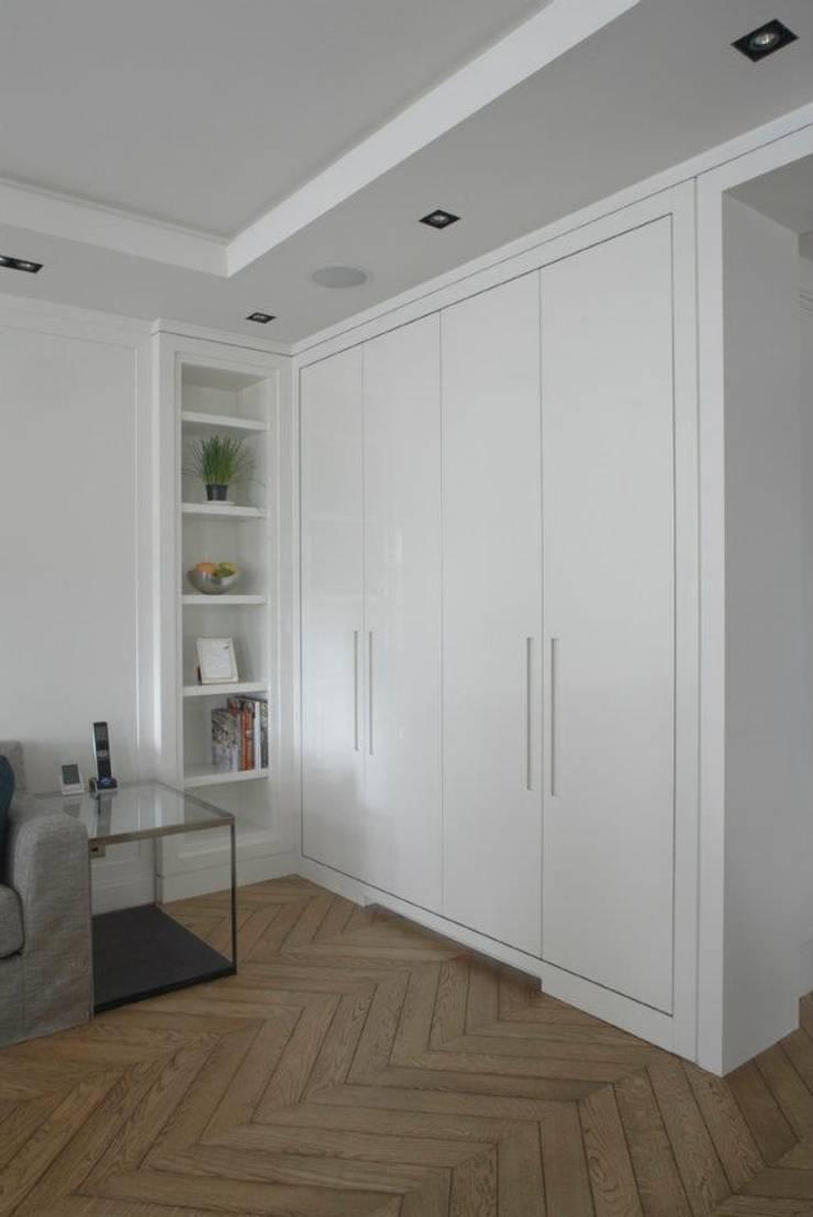 Dapur oleh TLA Studio, Modern