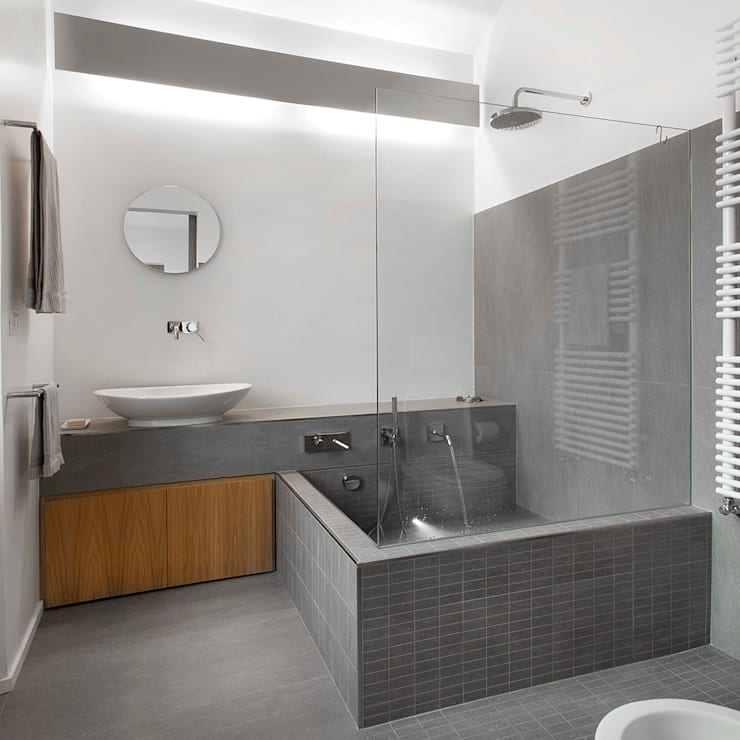 Bathroom by studioata, Modern