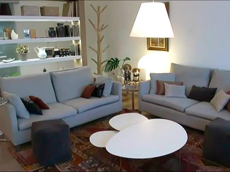 Salón:  de estilo  de Gramona Interiors