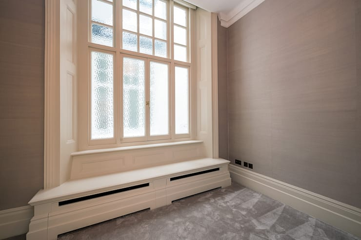 Knightsbridge Apartment:   by TLA Studio