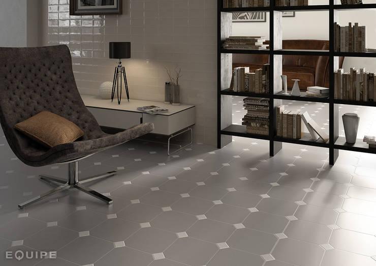 ห้องนั่งเล่น โดย Equipe Ceramicas, คลาสสิค