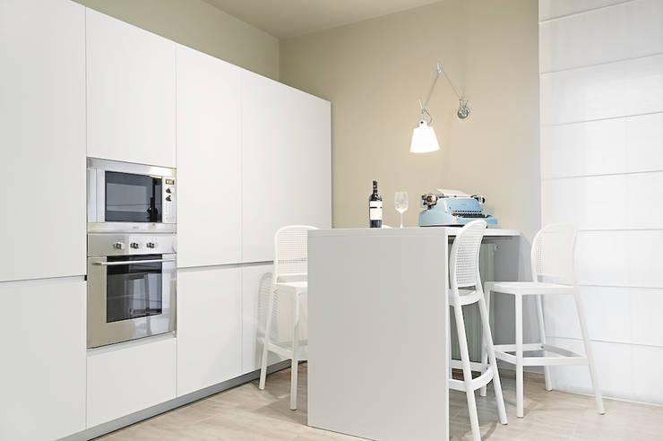 Kitchen by Studio Guerra Sas