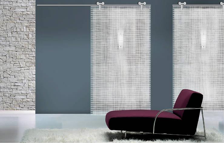 Cross: Finestre & Porte in stile  di Massimo Ballardin