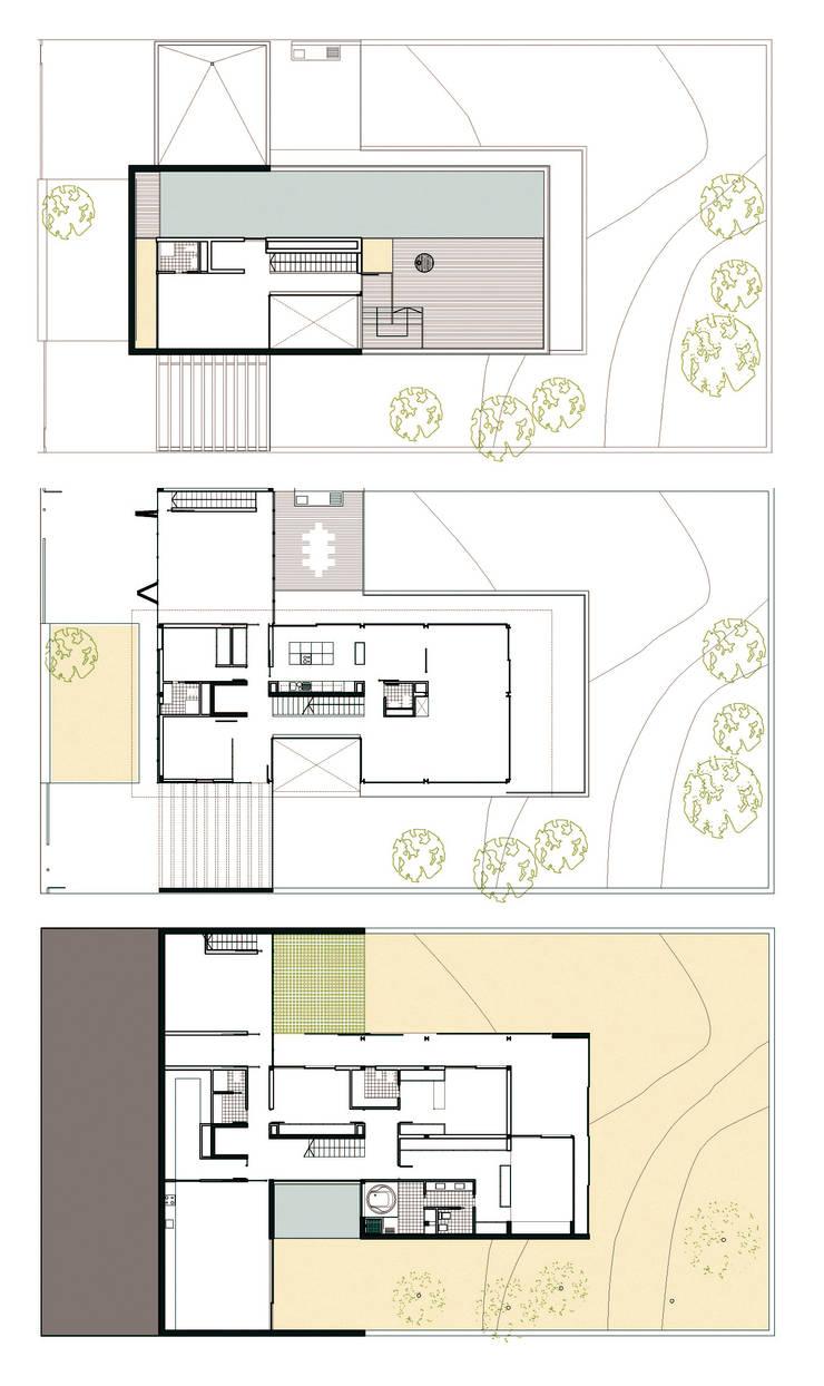 Casa Sevilla: Casas de estilo  de MARIO COREA ARQUITECTURA