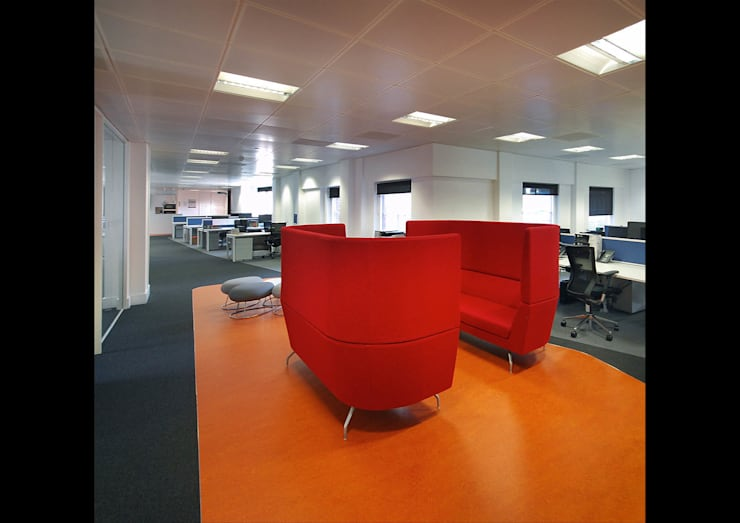 Calastone (fund industry)—London Headquarters :  Office buildings by ÜberRaum Architects