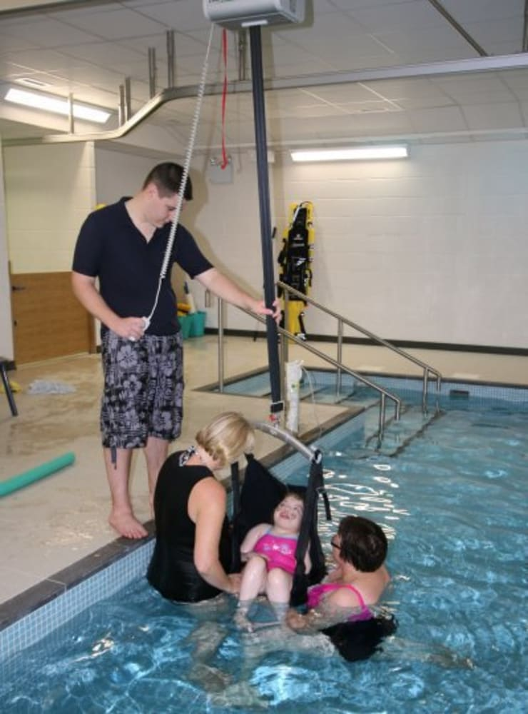 ​Advanced Hydrotherapy School Pool :  Schools by London Swimming Pool Company