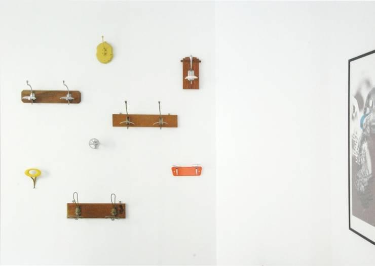 Ingresso: Studio in stile in stile Moderno di Grooppo.org