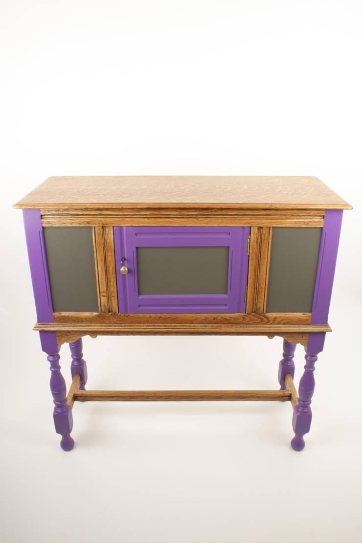 Upcycled vintage oak cabinet:  Living room by Narcissus Road Furniture Design