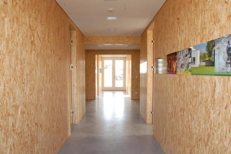 """<q class=""""-first"""">Flechtwerk</q> – Jäger Garten- und Landschaftsbau, Donaueschingen:  Bürogebäude von Gäbele Raufer & Partner Architekten,"""