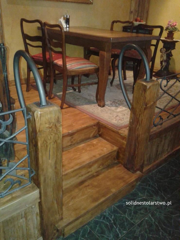 Schody i balustrady drewniane  – solidnestolarstwo.pl: styl , w kategorii  zaprojektowany przez Zakład Stolarski Robert Latawiec,Rustykalny