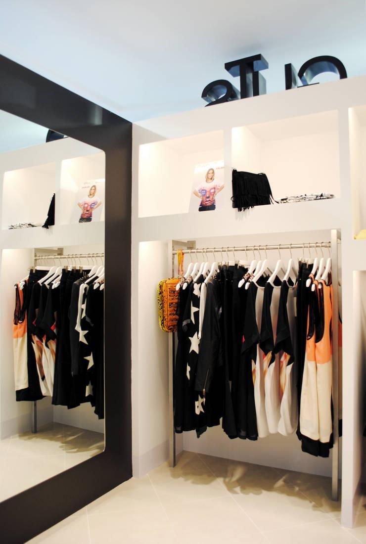 Moda GuTs: Centros comerciales de estilo  de Interior03