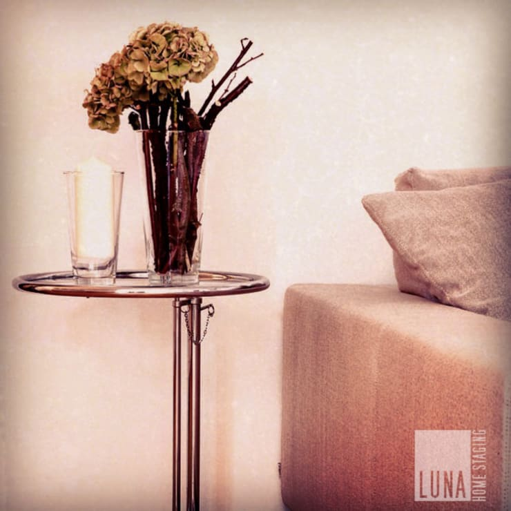 modern  oleh Luna Homestaging, Modern