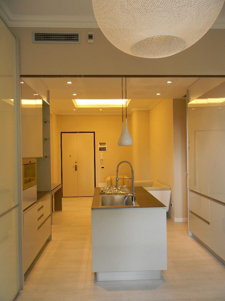 Casa B: Cucina in stile  di Alpestudio