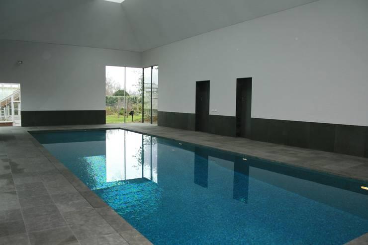 Minimalist Pool :  Pool by London Swimming Pool Company