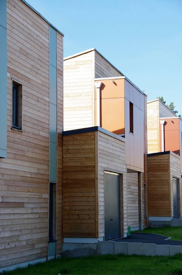 Lievin: Casas de estilo  por 2424 ARQUITECTURA