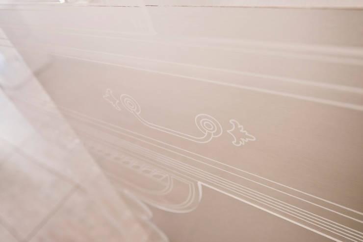 KIWIE FASHION CLOUD:  in stile  di NOMADE ARCHITETTURA E INTERIOR DESIGN