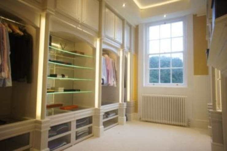 DRESSING ROOM FOR PRIVATE CLIENT:  Dressing room by 2A Design