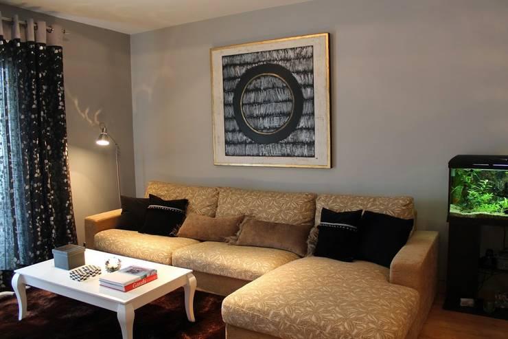 Decoración de salón: Salones de estilo  de Ámbar Muebles