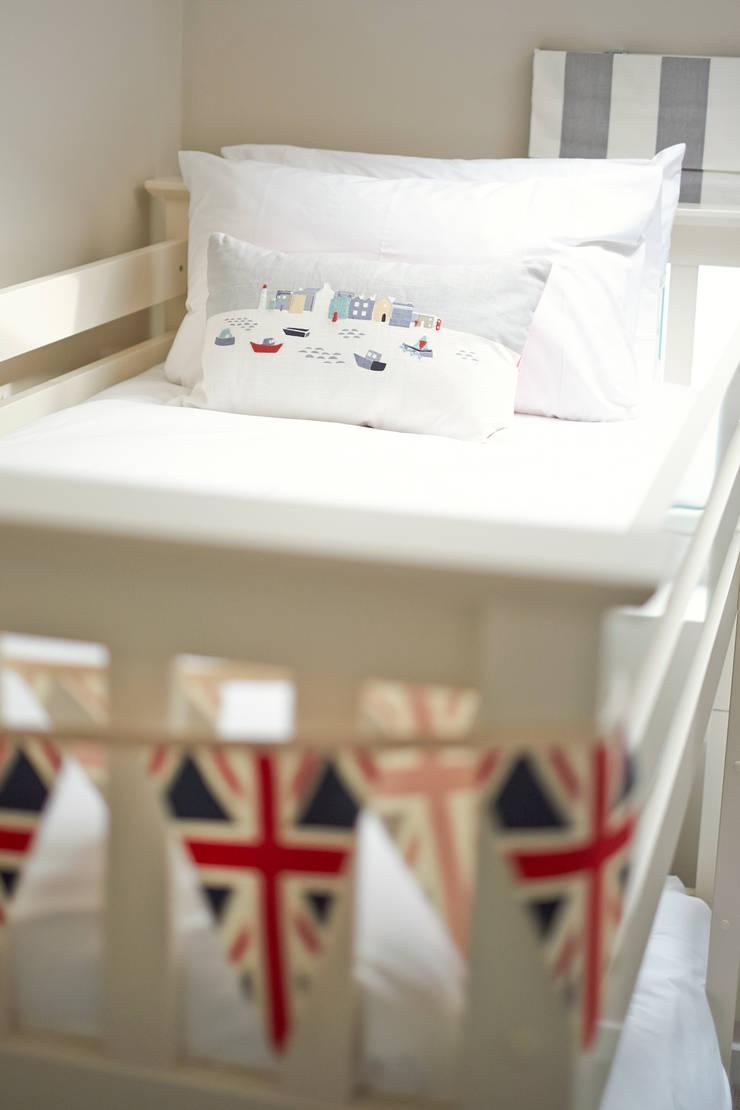 Porthleven: eclectic Nursery/kid's room by LEIVARS
