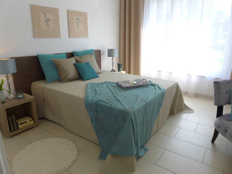 ห้องนอน โดย raumessenz homestaging, โมเดิร์น