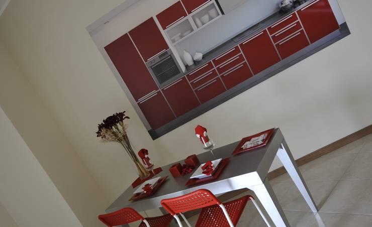 Cucina: Sala da pranzo in stile  di Gabriella Sala   Home Staging & Relooking Specialist